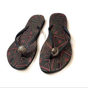 Havaianas black flip flop sandals size 9